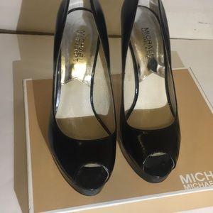 Micheal Kor Black patent leather heels